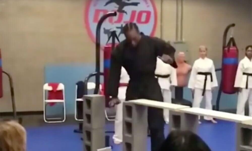 Watch Kawhi Leonard Master Karate Before Returning To The Court