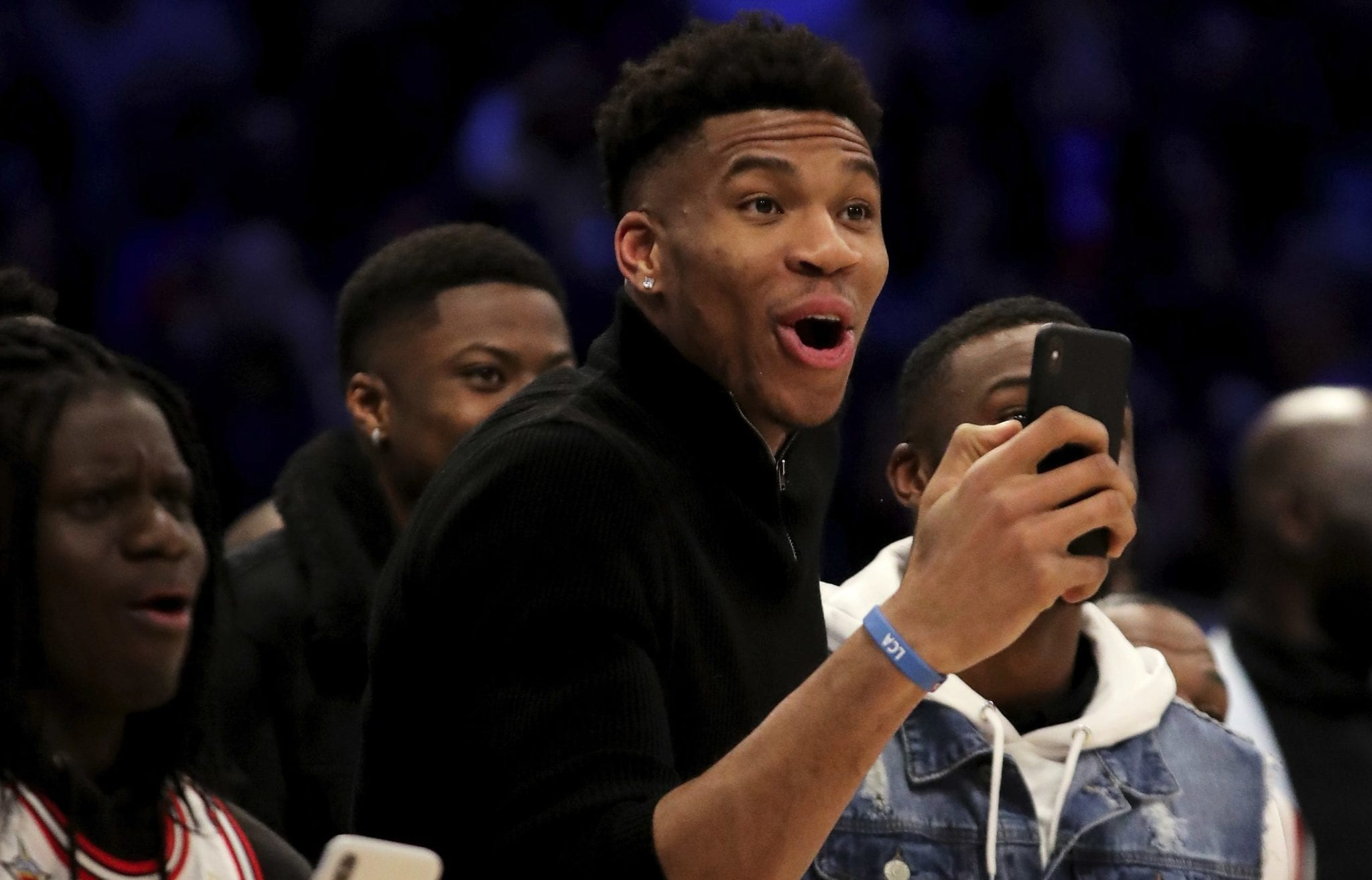 NBA Players React To Aaron Gordon Getting Robbed (Again) In The 2020 NBA Dunk Contest