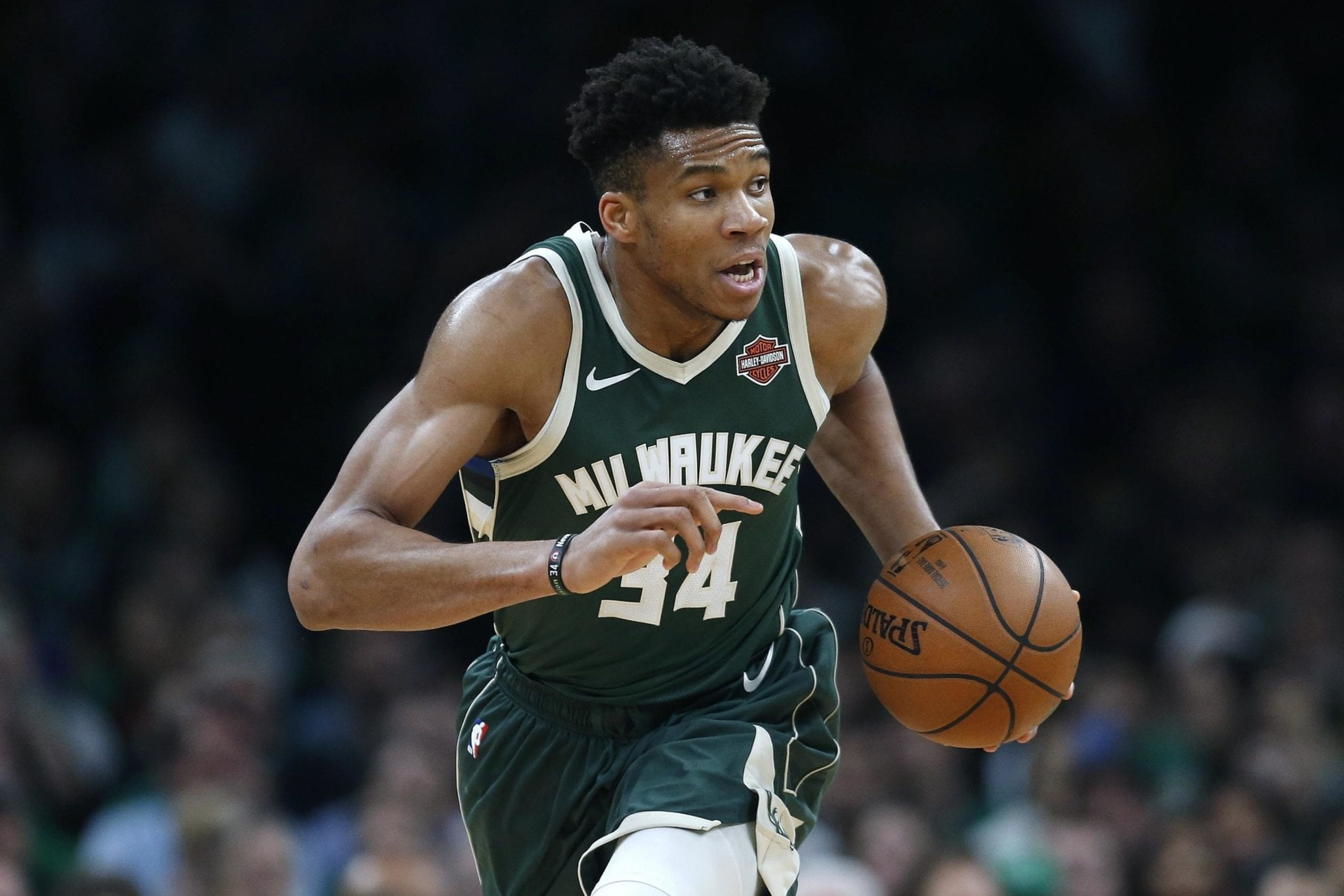 Warriors and Bucks Fans Freak After Giannis Antetokounmpo's Twitter Hacked