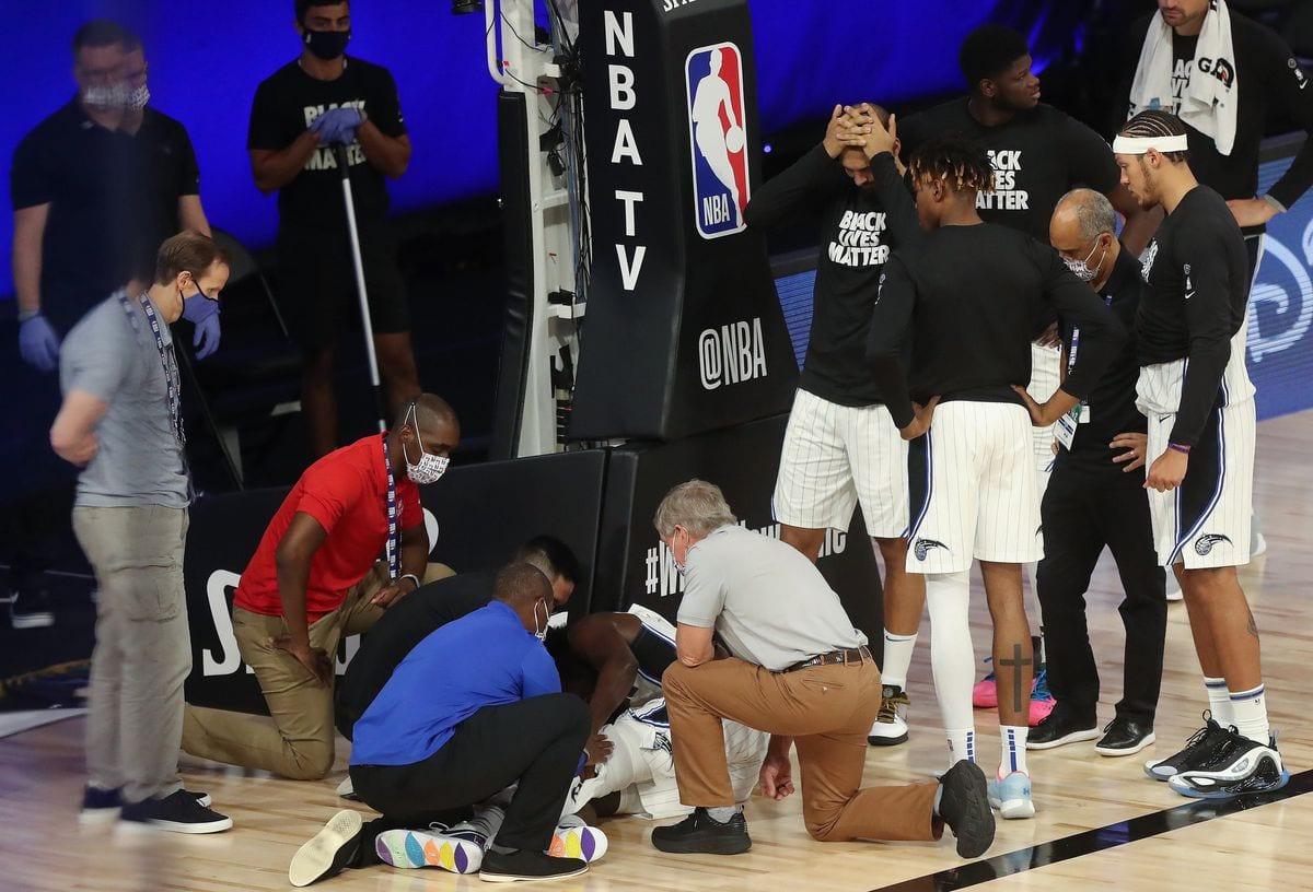 Jonathan Isaac Injures Left Knee Again Against Kings