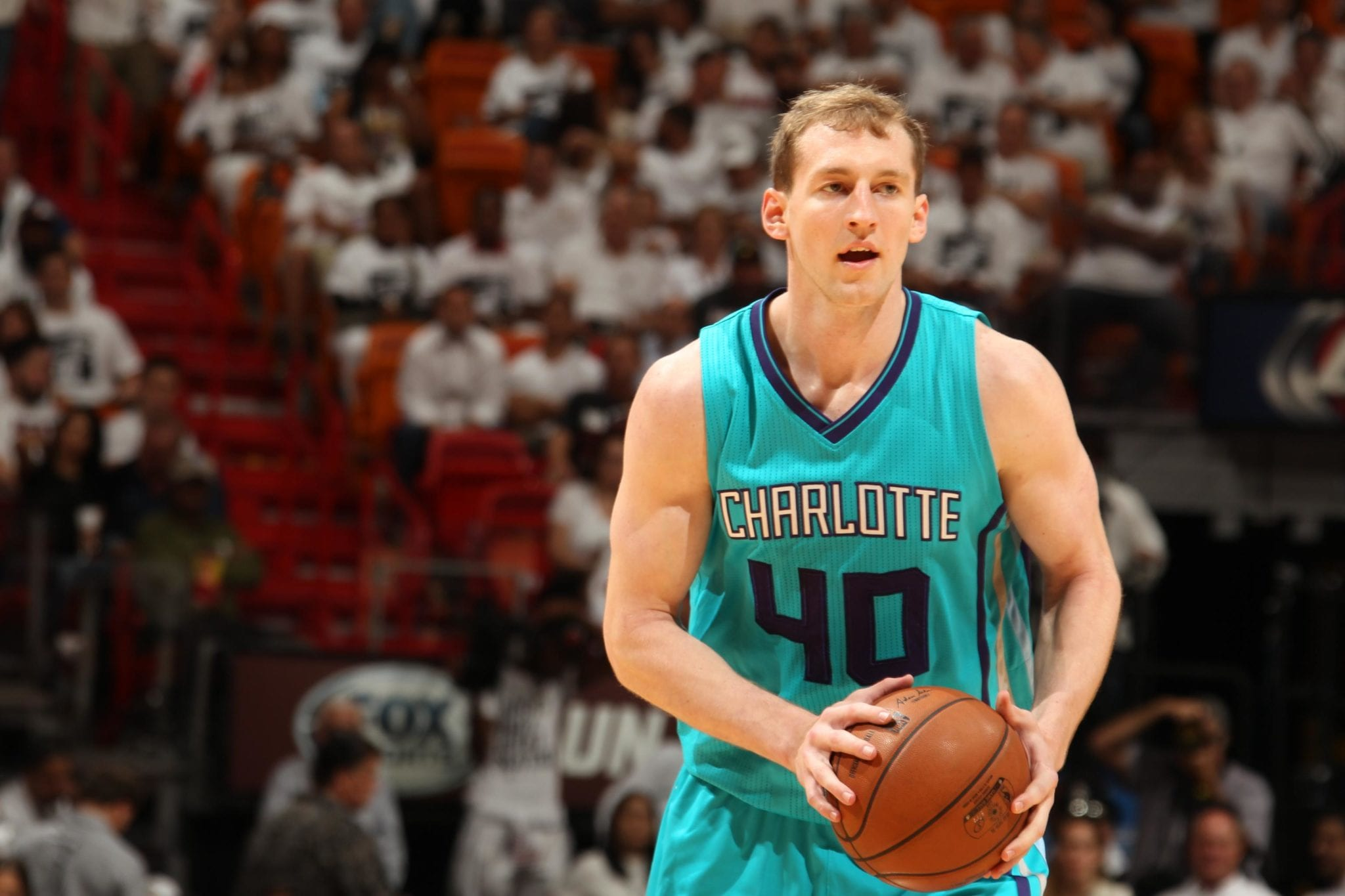 Hornets Cody Zeller Out 4-6 Weeks with Fractured Hand