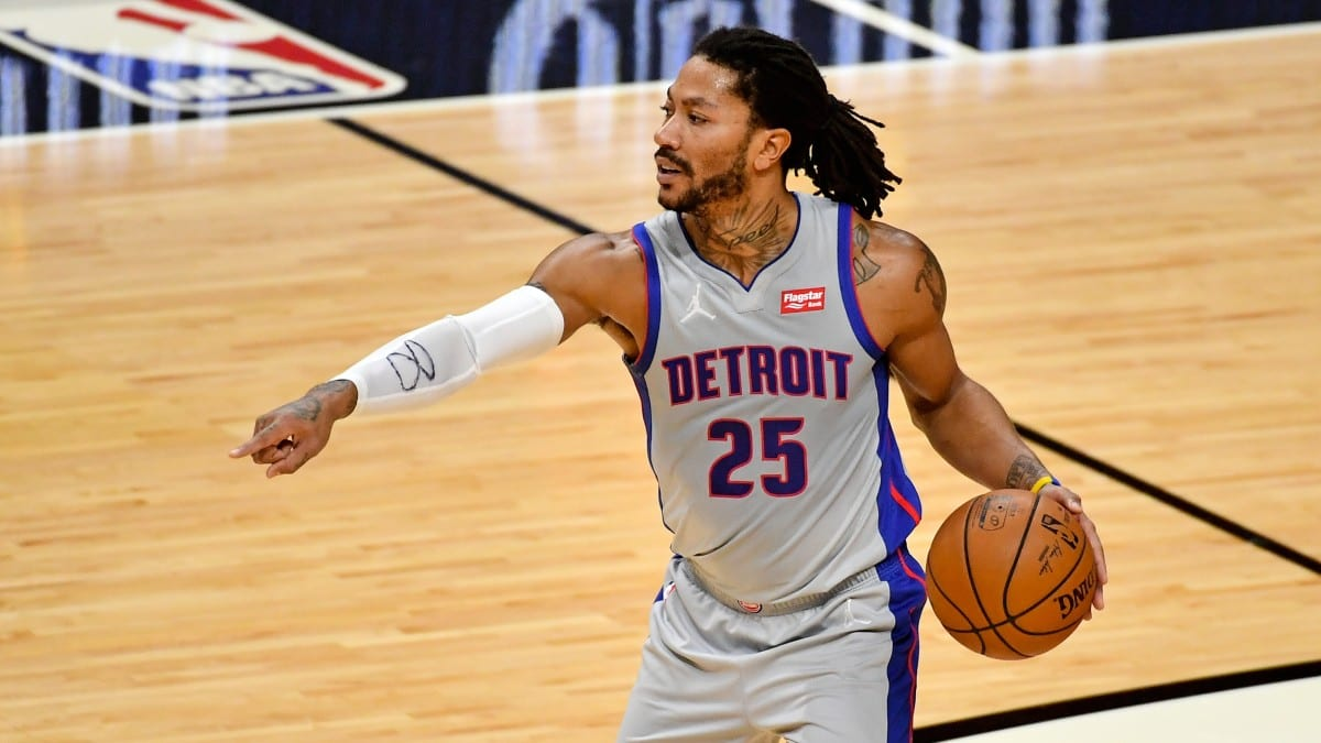 Pistons' Derrick Rose Is Headed Back to New York After Trade