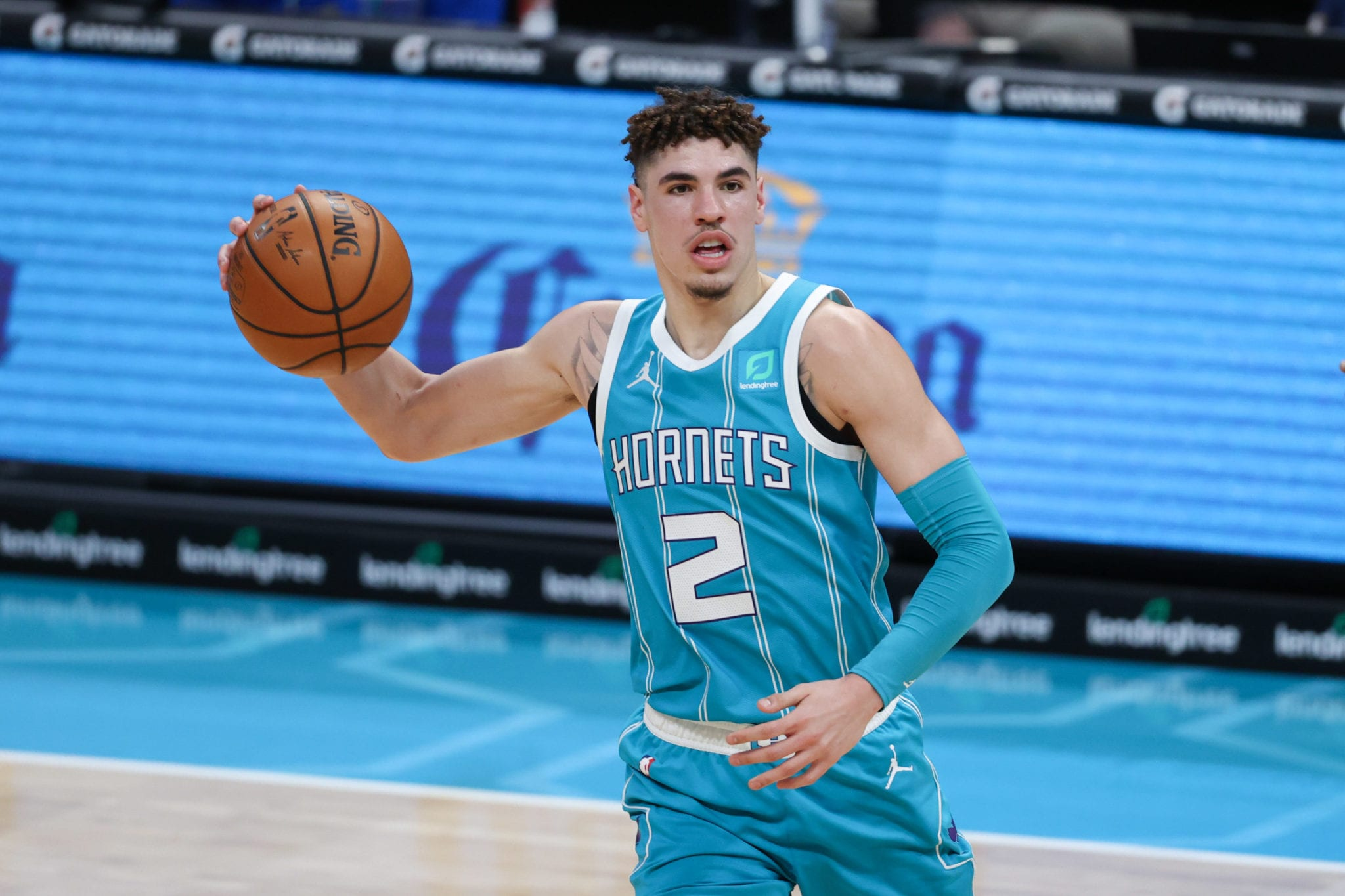 Charlotte Hornets' LaMelo Ball Favorite To Win Rookie of the Year