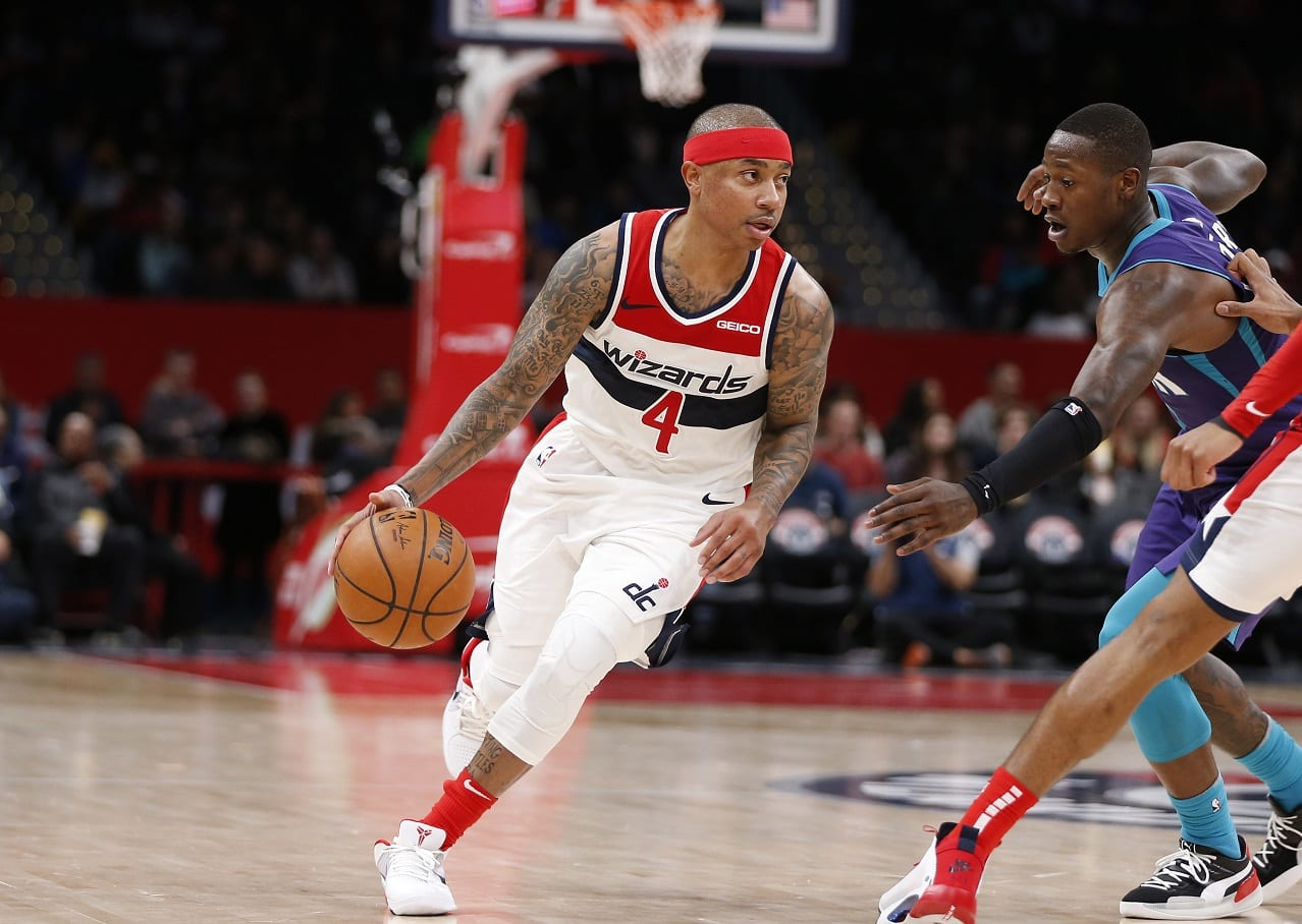 Isaiah Thomas Signs With Pelicans