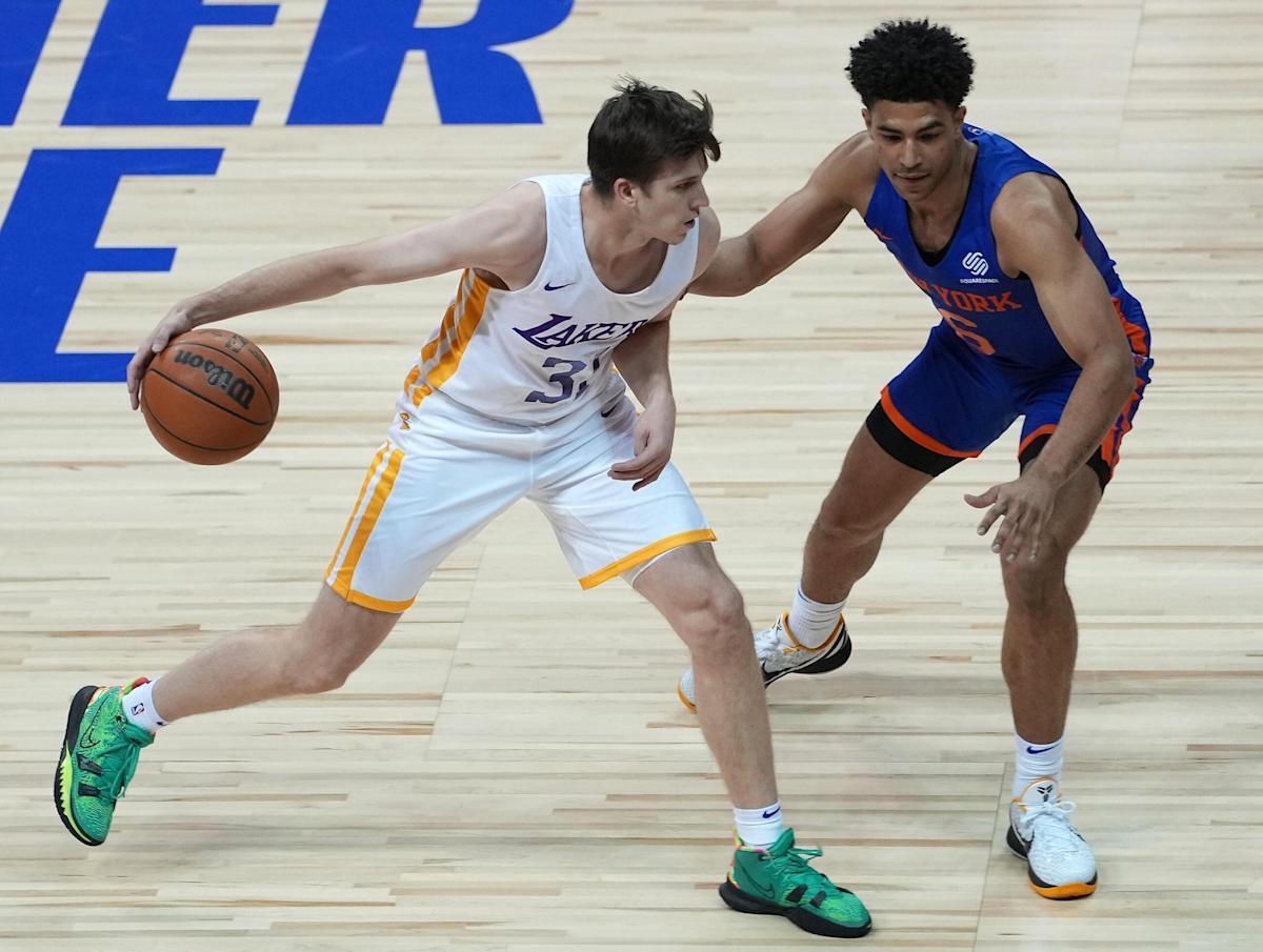 "LA Lakers Debut ""Hillbilly Kobe"" on Media Day"