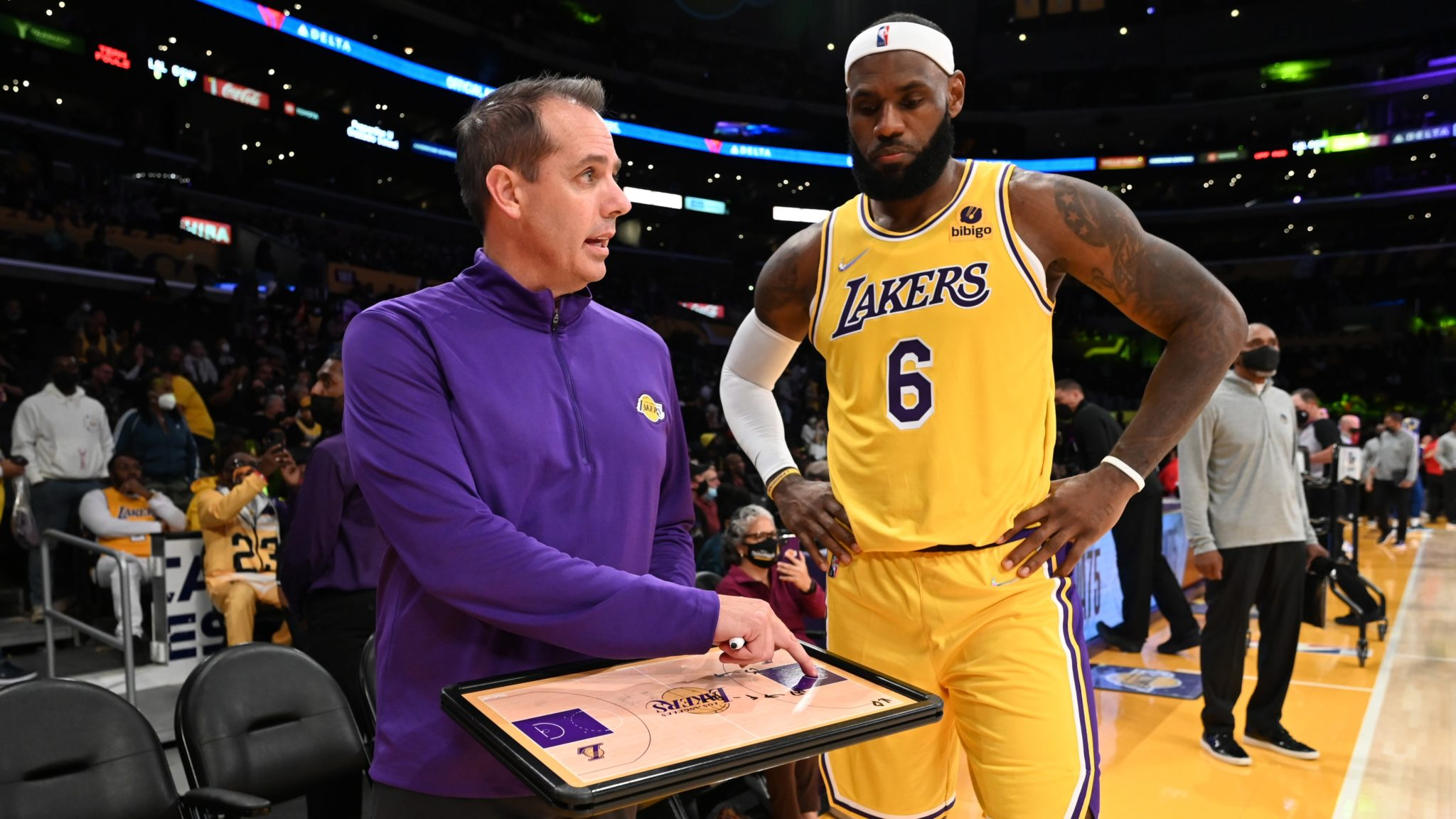 LeBron James and Frank Vogel Explain New Lakers Offence